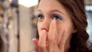 Макияж от Бобби Браун: видео урок создания праздничного макияжа в серебристых тонах
