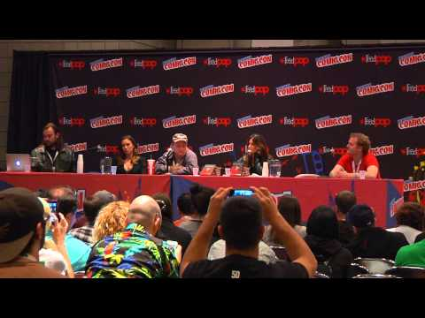 'The Scribbler' New York Comic Con Panel - Katie Cassidy, Gina Gershon