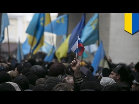Ukraine crisis: Armed men seize parliament building in Crimea