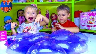 SUPER GROSS! SUPER GOOEY! Giant Noise Putty Slime - Yaroslava & Little Boy Видео для детей Tiki Taki