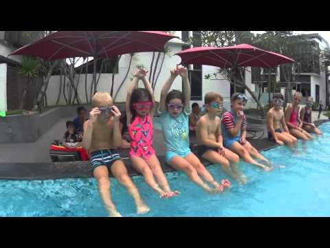 Run an intensive swim group lesson with kids * SwimtoFly.com    Christian Anseaume