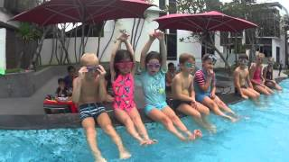 Run an intensive swim group lesson with kids * SwimtoFly.com  | Christian Anseaume