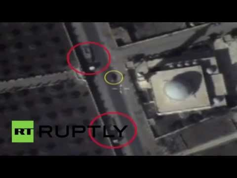 Syria: Russian aerial footage shows ISIS vehicles in inhabited areas