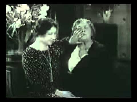 1930 Rare footage of Helen Keller speaking with the help of Anne Sullivan