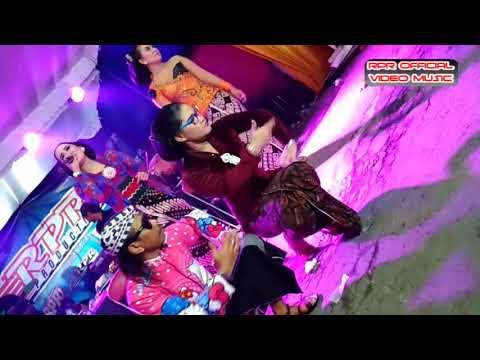 Lewung - Fera Ferlista & Dwi Jamila   cc Dj. Indra RPR