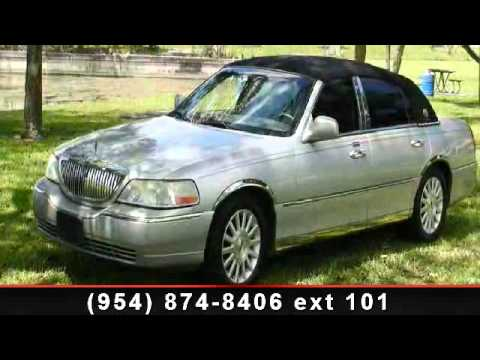2003 Lincoln Town Car International Brokers We Finance Youtube