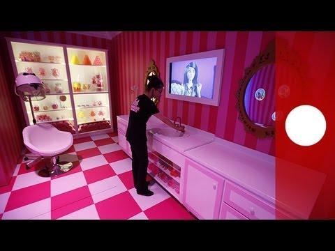 Barbie Ist Nach Berlin Gezogen Lemag Youtube