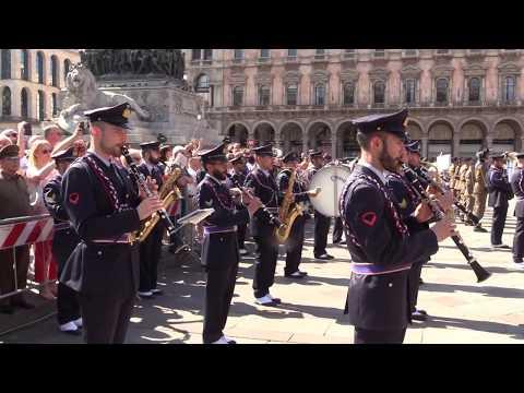 Immagini: Festa della Repubblica, Milano celebra il 2 giugno
