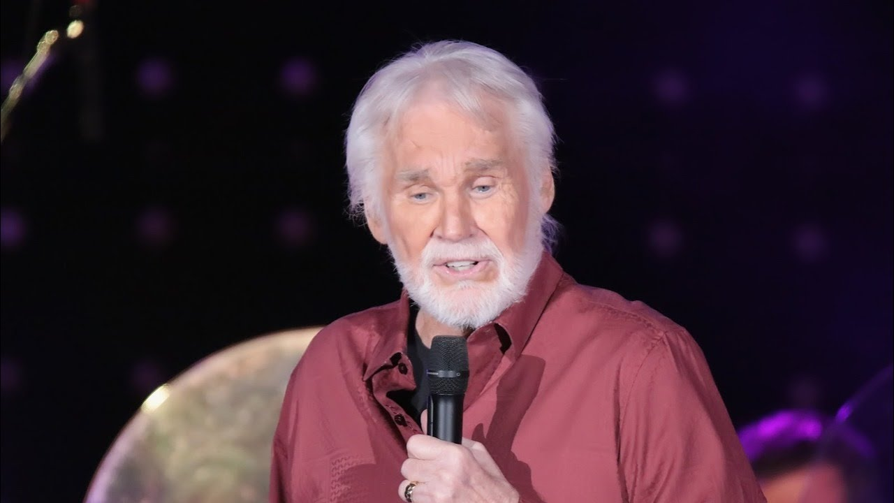 Country Music Singer Kenny Rogers Dies At 81