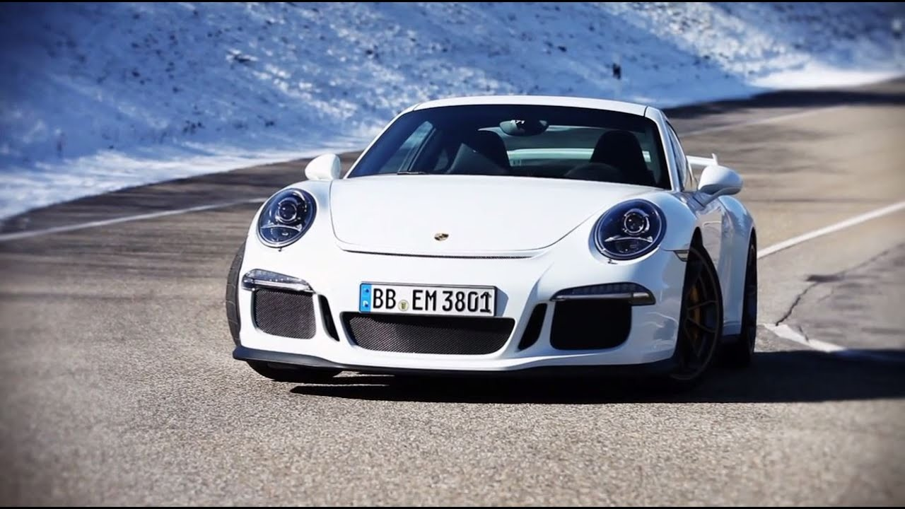 The Porsche 911 GT3 on track. - YouTube