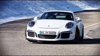 The Porsche 911 GT3 on track.