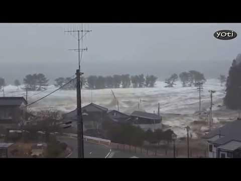 Dramatic Japan Tsunami footage (Prt9) Revised