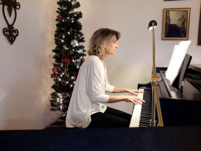 Sounds of Peace and Joy: In the Bleak Midwinter