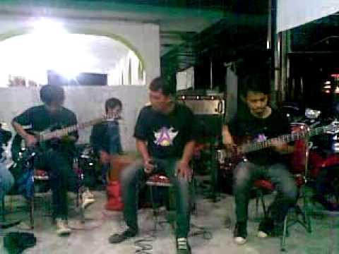 Aura Band Parimo_Gadis Bali