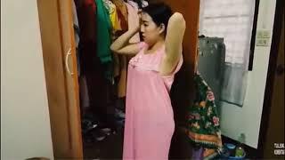 Download Video Tante ganti baju.... MP3 3GP MP4