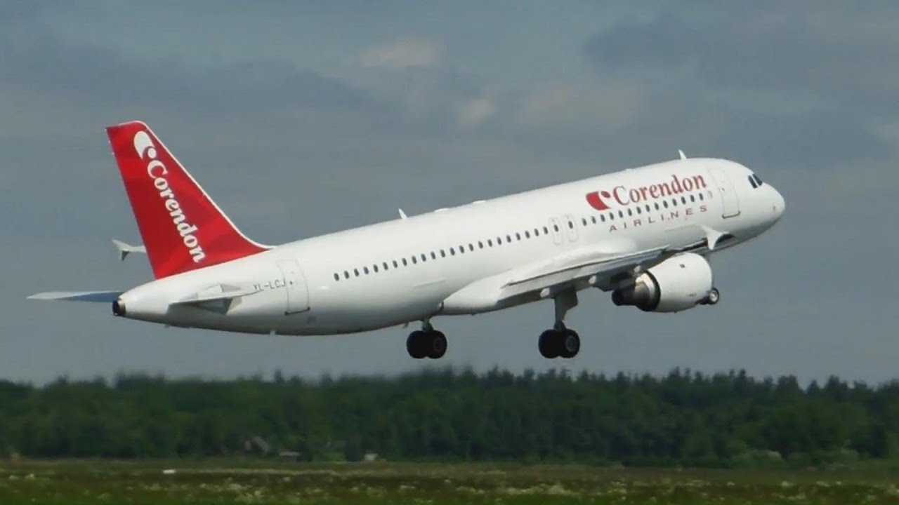 Corendon Airlines Airbus A320 Landing - Takeoff Groningen ...