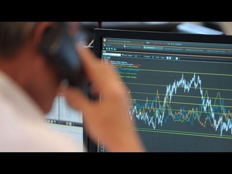 European Stocks Snap Winning Streak, Traders Wait on Fed