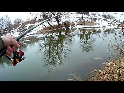 Весенняя рыбалка на поплавочную удочку в проводку ловля плотвы
