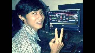 Download ♥VDJ♥ Akang Cipit Rimex New Breakbeat™ MP3 song and Music Video