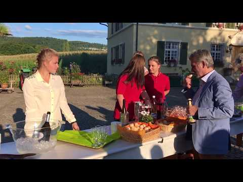 Top Eventlocation: Schlosshof Pfeffingen bei Basel.