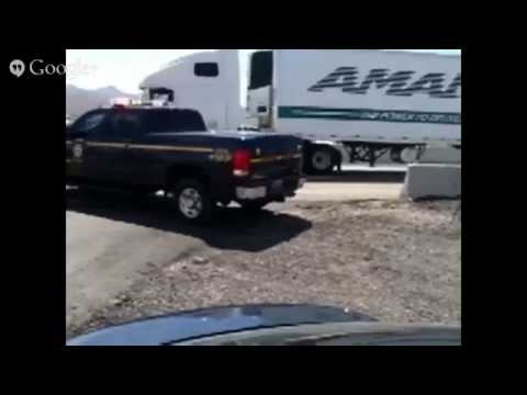 LIVE! Confrontation Between Feds And Bundy Ranch Supporters - 2