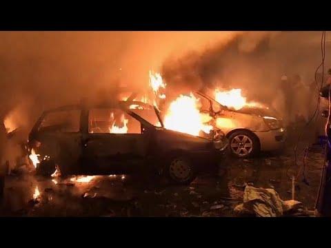 قتلى وجرحى جراء انفجار سيارة ملغومة وسط بنغازي