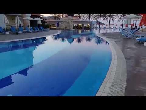 Alexandra Beach Hotel Room Review