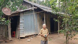 Bà cụ 85 tuổi sống 1 mình trong căn nhà mưa dột, sợ khi mất con cháu không hay biết