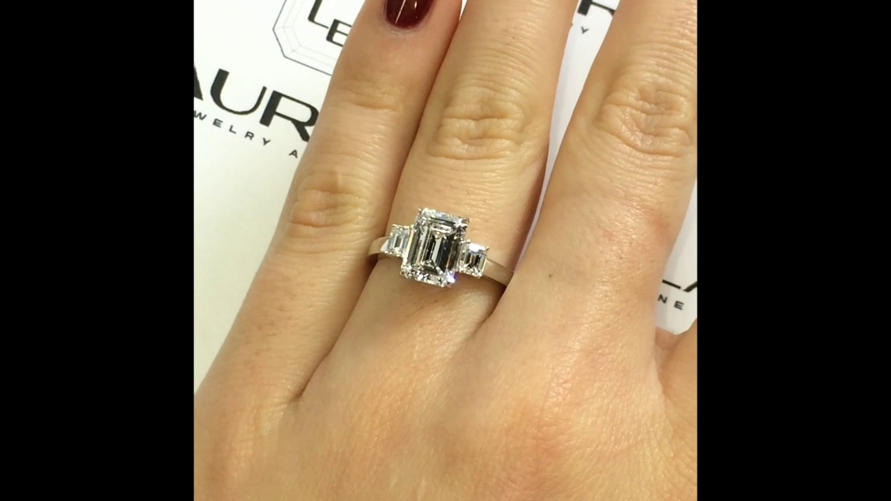 in trapezoid hand platinum ring home diamond right sapphires product modern emerald cut engagement