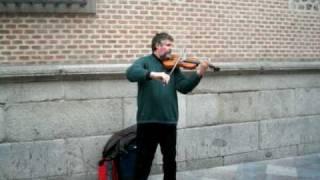 Maestro Violinista en las calles de Madrid