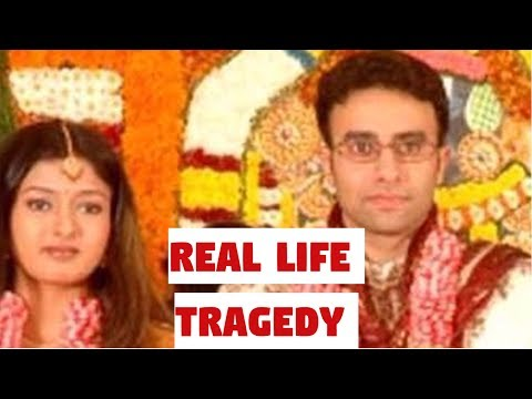 BIGG BOSS Gayathri Raghuram Real Life Tragedy Story | Vijay TV