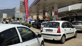 Grève dans le transport de carburant : vers une pénurie d'essence ?