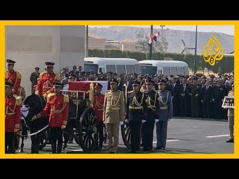 بالفيديو.. تشييع حسني مبارك عسكريا  - نشر قبل 7 ساعة