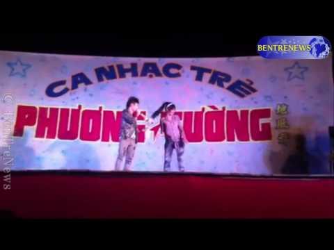 Sock ca sĩ Phạm Trưởng bị GAY dê trên sân khấu !