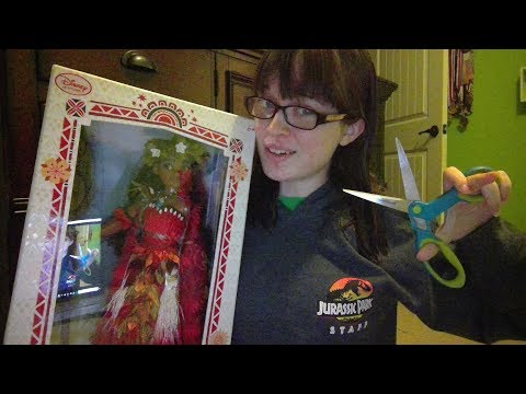 OPENING MY DISNEY LIMITED EDITION MOANA DOLL!
