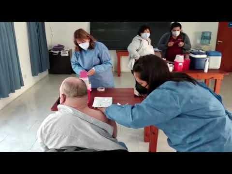 General Campos inicia una semana con triple jornada de vacunación