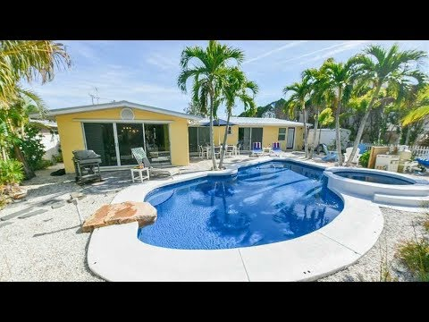 Stay at this canal front beach home on Anna Maria Island!