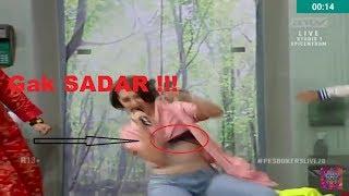 HEBOH !! Zaskia Gotik Gak Sadar Saat Goyang Live Di Pesbukers