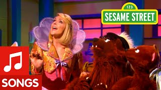 Sesame Street: No Growling At Preschool