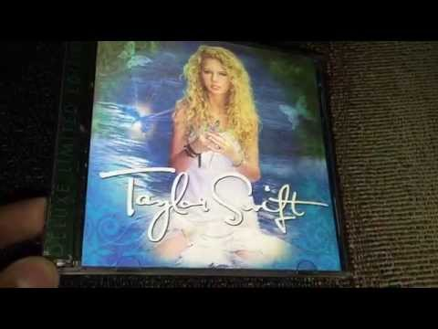 Taylor Swift - Taylor Swift (Deluxe Edition) CD Unboxing