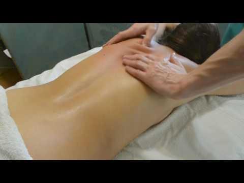 Расслабляющий массж спины.