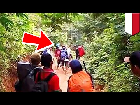 Video pungutan liar di Gunung Guntur, lelaki seram minta uang ke para pendaki  - TomoNews