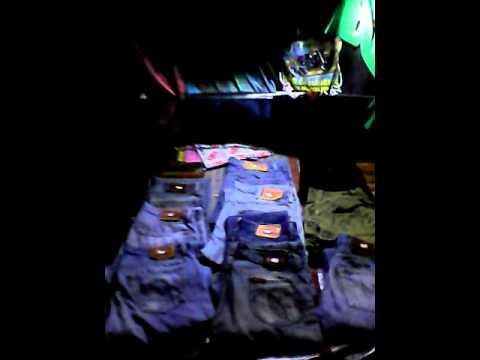 ยีนส์-ลีวาย-เสื้อทัวร์
