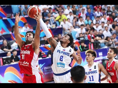WATCH: Calvin Abueva gets praised by teammates after strong outing