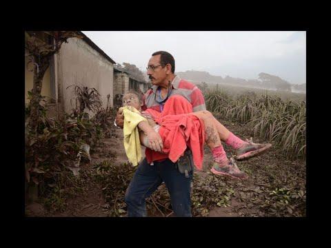 Guatemala aumenta a 30 los muertos por erupción del volcán de Fuego