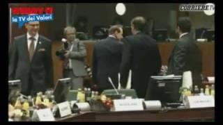 Doppia figuraccia di Berlusconi in Europa