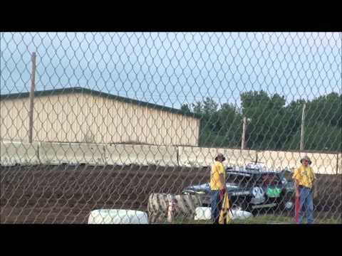 Dallas County Fairgrounds Clint and Luke Cruiser Heat 6-7-14