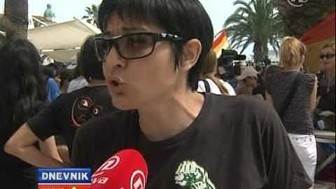 Gay Pride Split Violence (Nova TV)