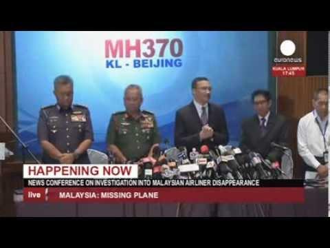 Vol MH370 : conférence de presse des autorités (direct enregistré)