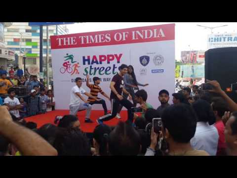 Vaibhav Gaur  Zumba Competiton   Happy Street   Ahmedabad   Mene0a La Pera